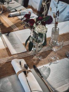 Tischdekoration auf der Burg Blankenstein